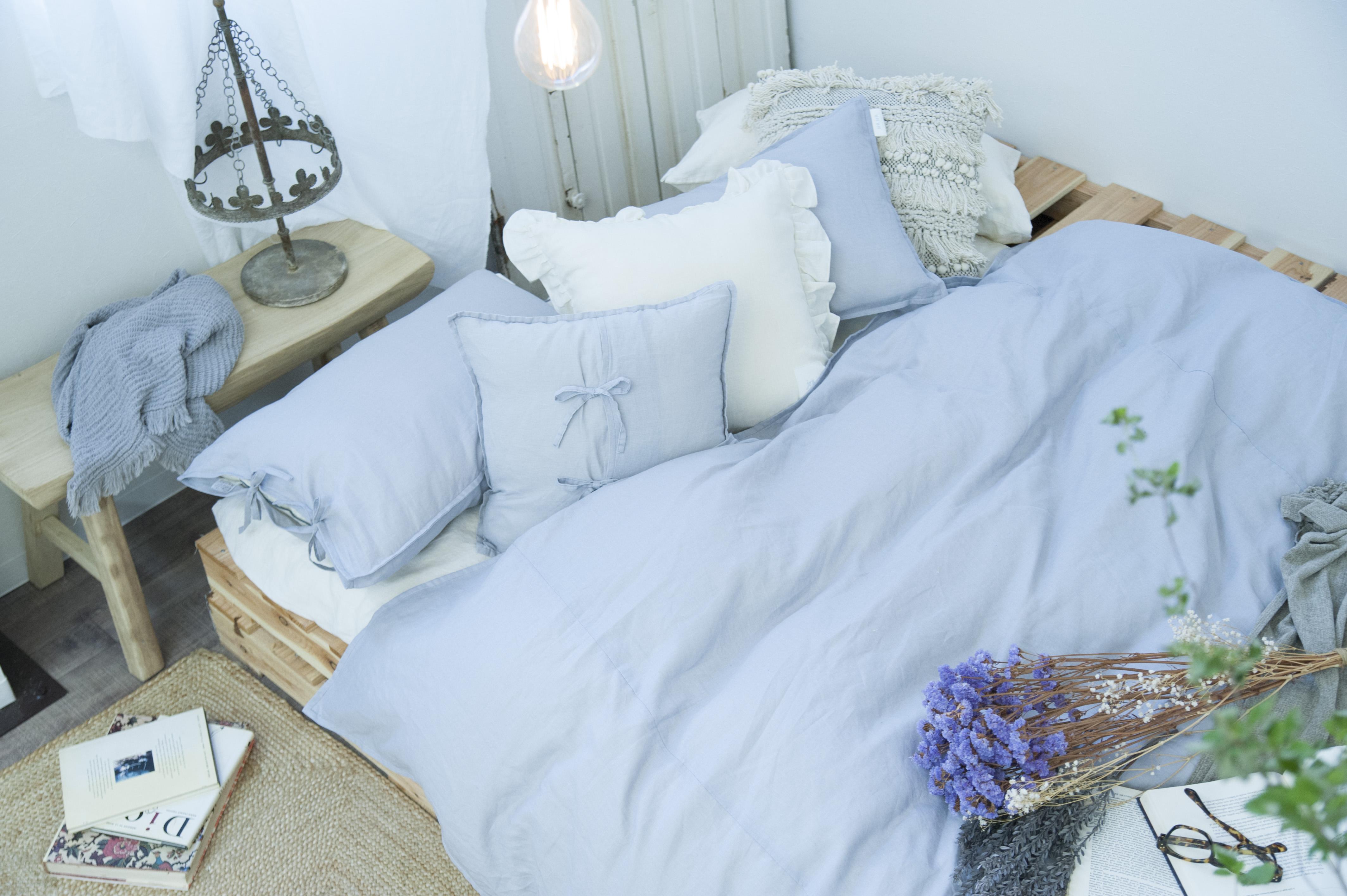 寝室 スタイリング 寝室 インテリア おしゃれ Styling03 ニュアンスカラーファブリックで甘辛寝室スタイリング